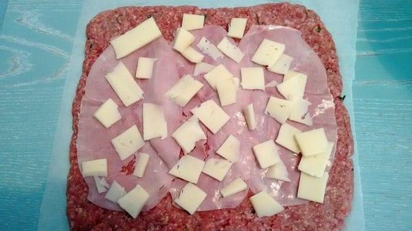 Polpettone prosciutto e formaggio al Varoma con Bimby, 1