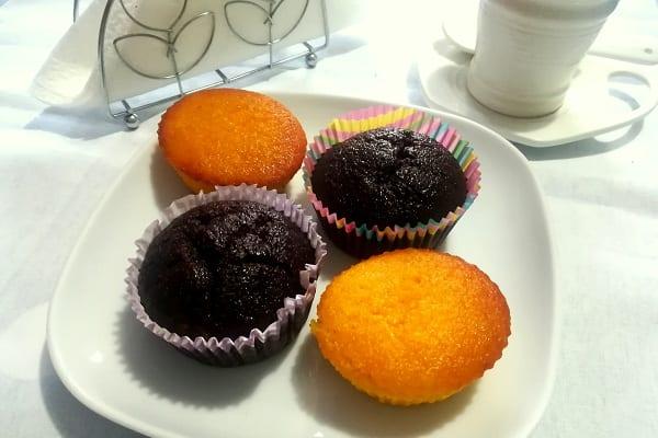 Muffin di carote e mandorle al cioccolato senza glutine, con o senza Bimby 2