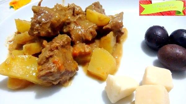 Spezzatino con patate speziato, con o senza glutine