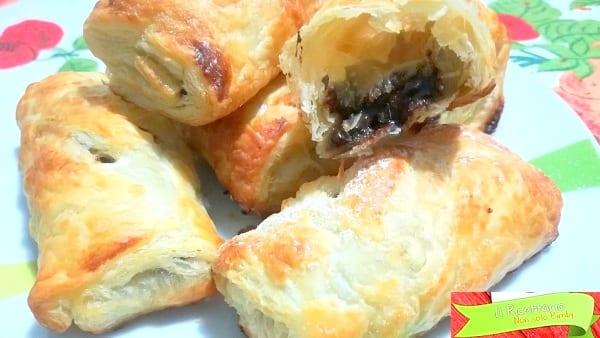 Fagottini di sfoglia con cioccolato o nutella 4