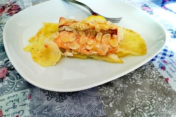 Filetto di salmone in crosta di mandorle 4