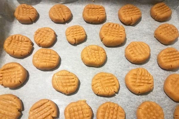 Biscotti al burro di arachidi americani, Peanut butter cookies 3