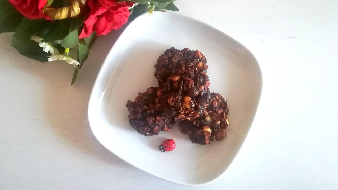 Biscotti velocissimi avena e cacao 4