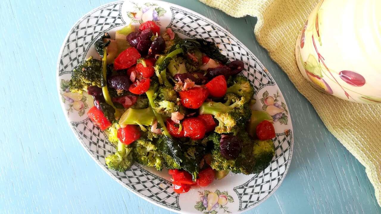 Broccoli con olive e pomodorini Bimby 3