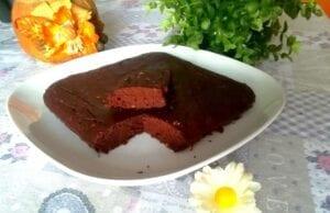 Torta brownies fit proteica vegan