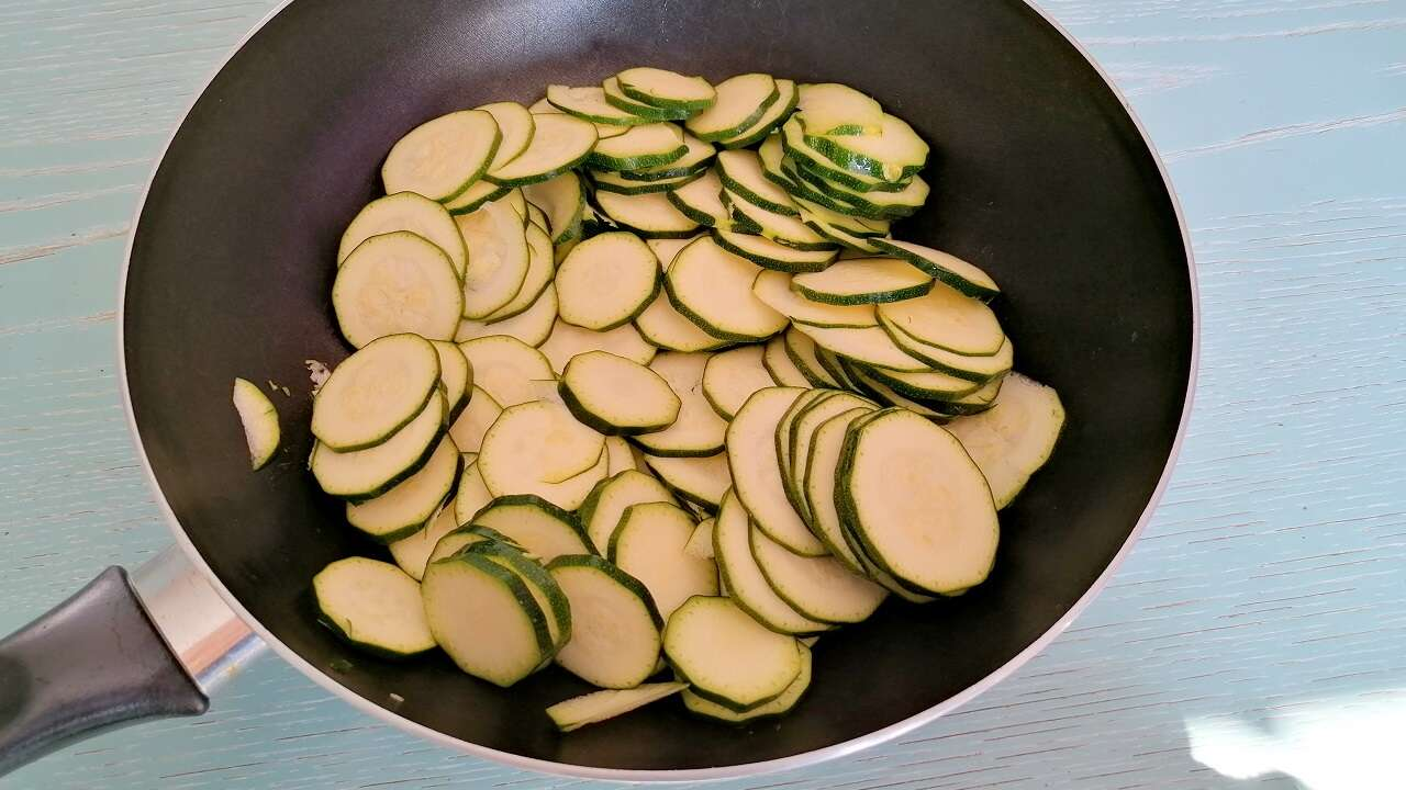 Crepes salate zucchine e philadelphia 2