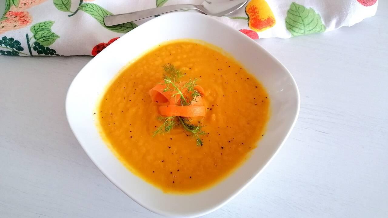 Vellutata detox di carote e finocchi 3