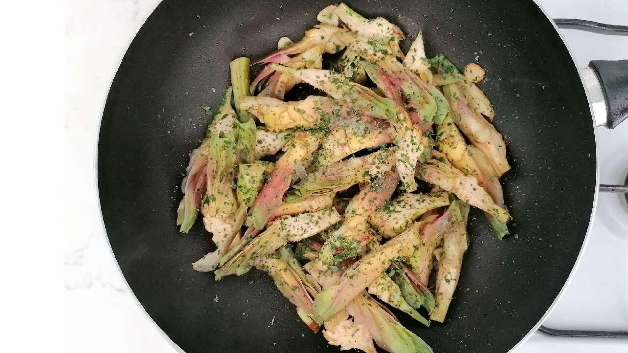 Carciofi fritti aglio e prezzemolo 3