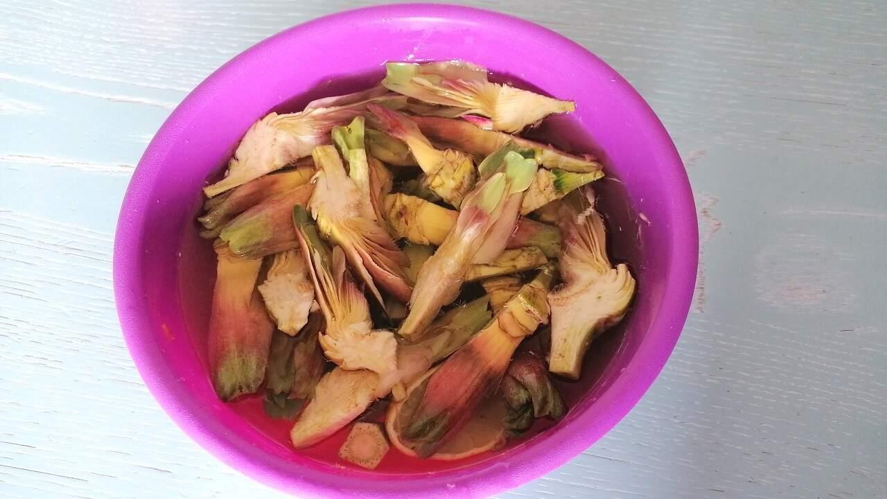 Carciofi fritti aglio e prezzemolo 1