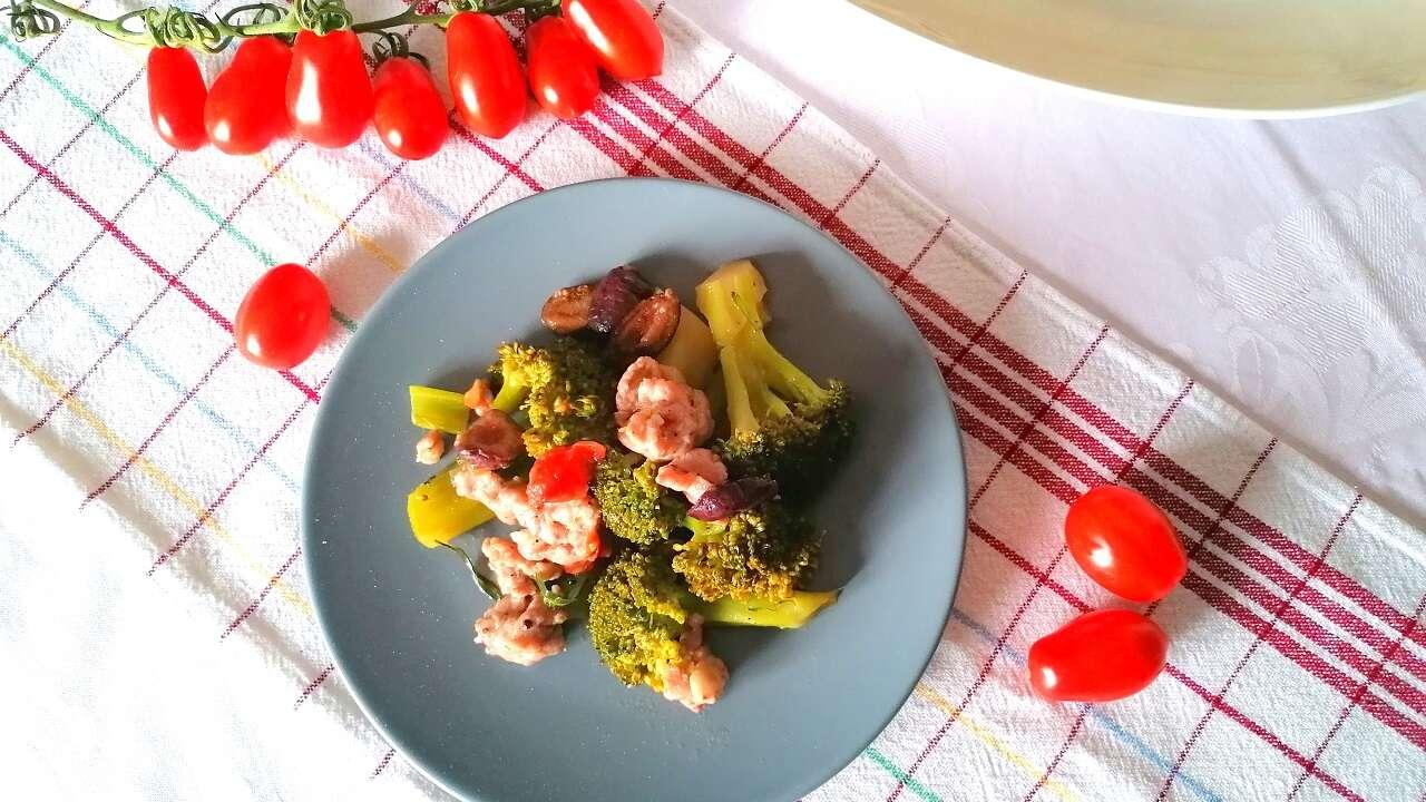Broccoli con salsiccia in padella 4
