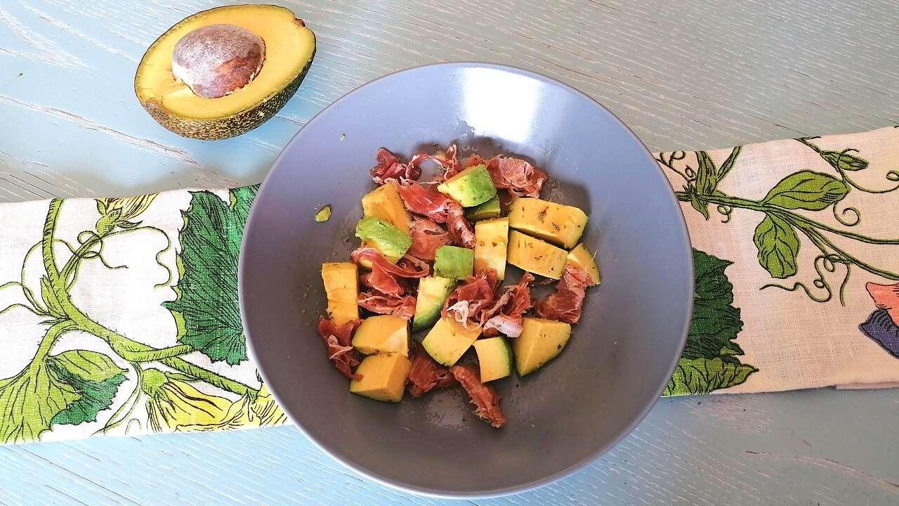Insalata di avocado 2